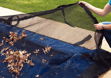 swimming pool leaf cover, inground pool covers, leaf catcher, aboveground, leaf net covering