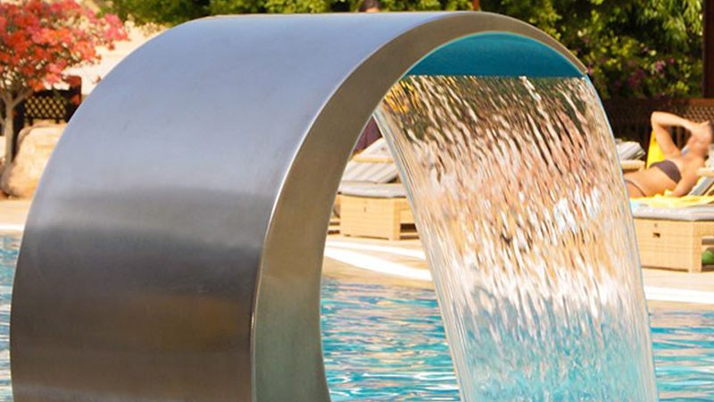 The Benefits Of Installing Pool Fountains