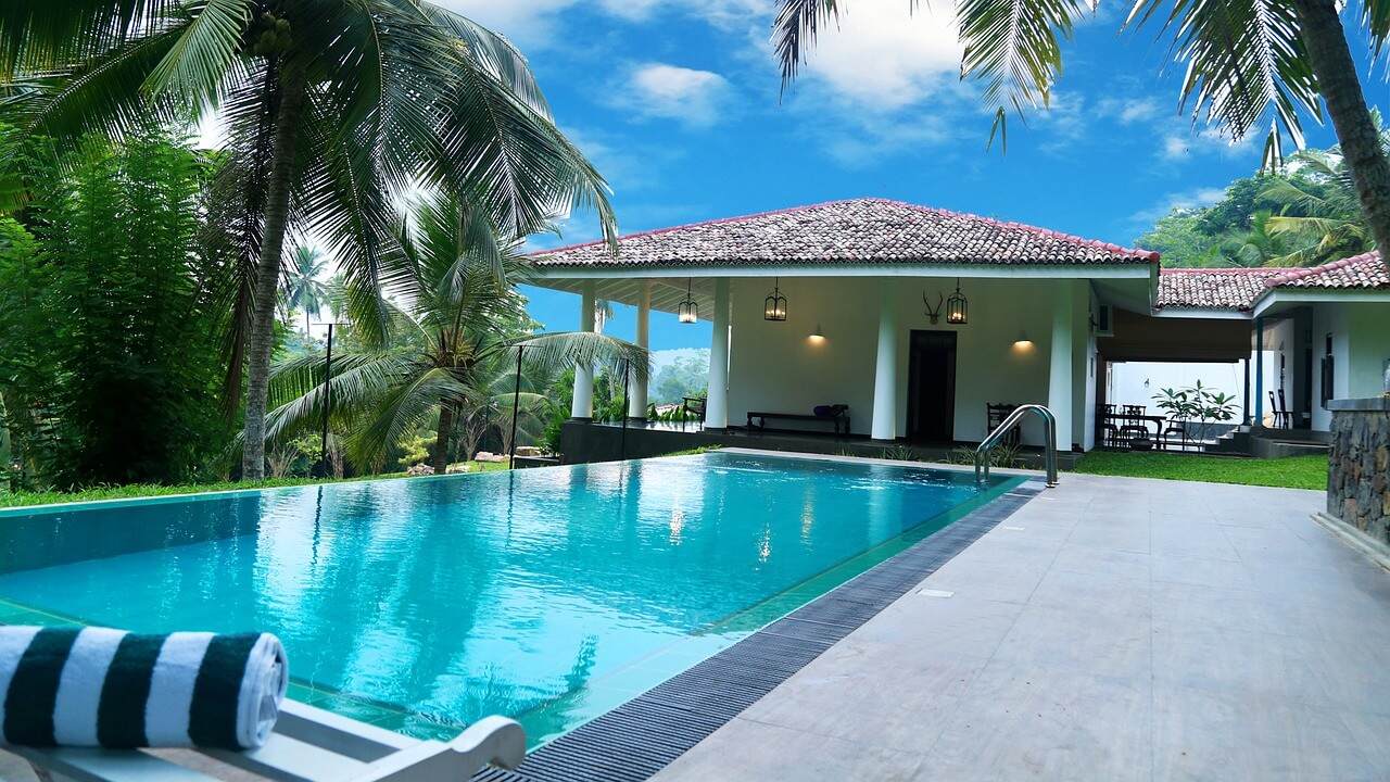 Basic swimming pool care blog for Spas that come to your house