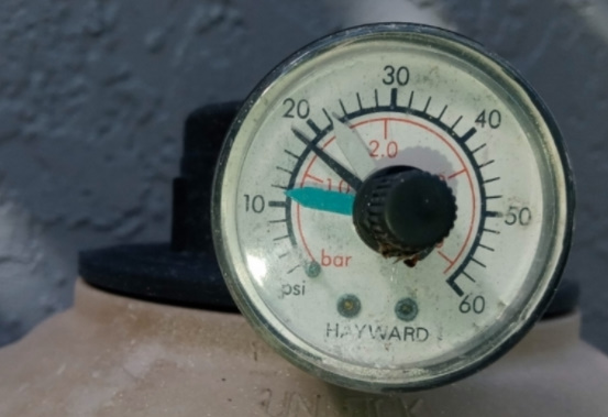 Understand Your Pool Filter Pressure Gauge
