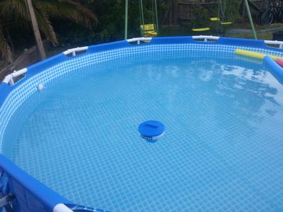 Above ground swimming pool liner price installation thickness vinyl for How much water is in a swimming pool