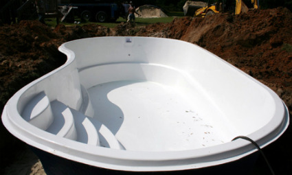 Fiberglass inground pools installation cost prices Fiberglass swimming pool installation