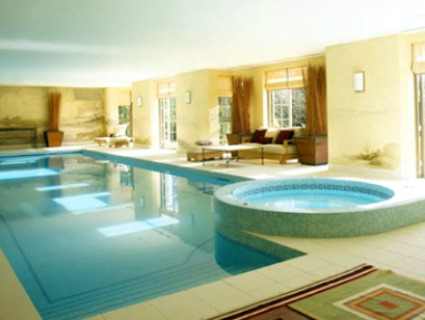 Swimming pool indoor  Home Indoor Swimming Pools: Inground Pool, Ideas, Swimming, Kinds ...