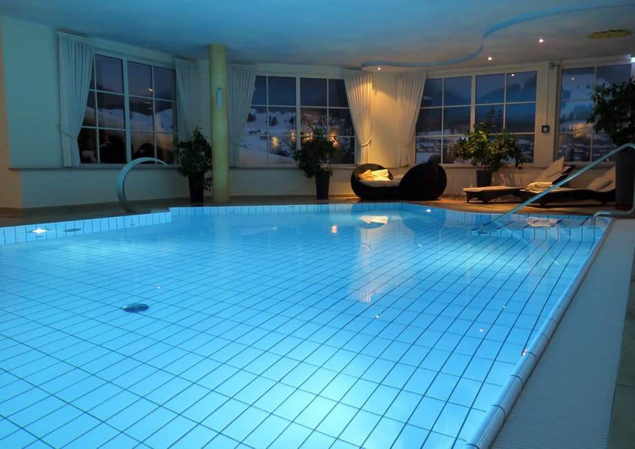 Clean Pool And Spa