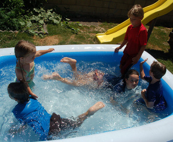 Kiddie pools and pools for kids.  Mistakes to avoid when choosing kid pools and kiddie swimming pools.